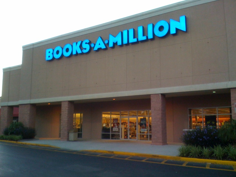 Day 39 – Largest Bookstore in Sanford is Books A Million by Seminole Towne Center