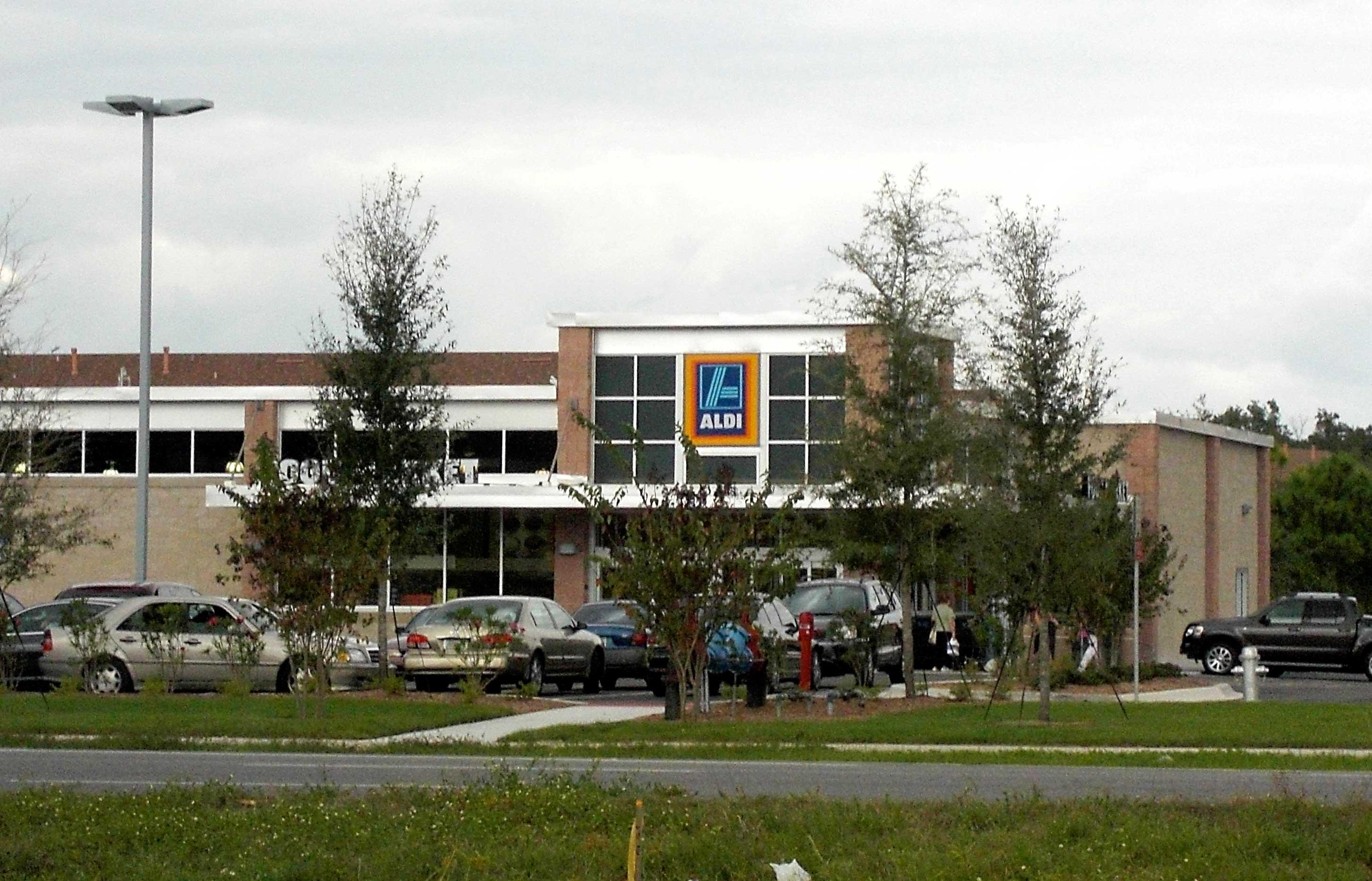 Day 44 – Aldi supermarket open in Sanford FL