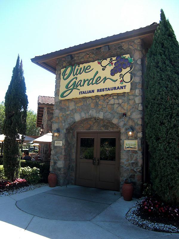 Day 203 – Olive Garden in Sanford FL