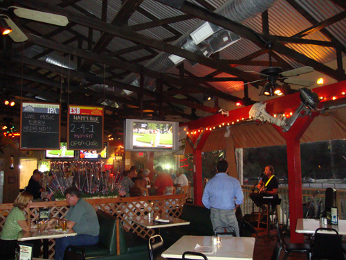 Day 303 – Swamp House Grill Debary