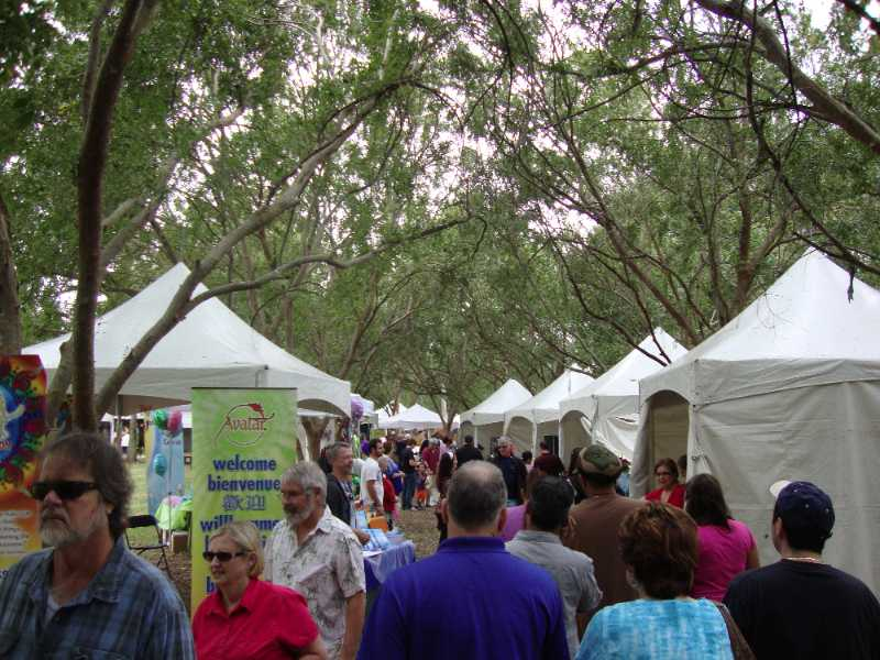 Pictures of the Heathrow Lake Mary Arts Festival
